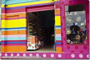 Santa Cruz colorful store-1blog